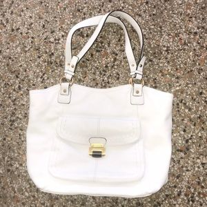 B.Makowsky Large white soft leather  shoulder bag